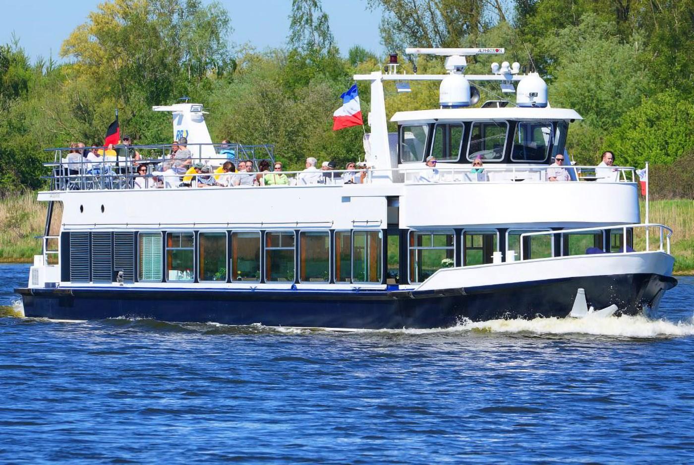 fahrgastschiff-fgs-26-meter