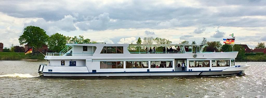 fahrgastschiff-35-meter