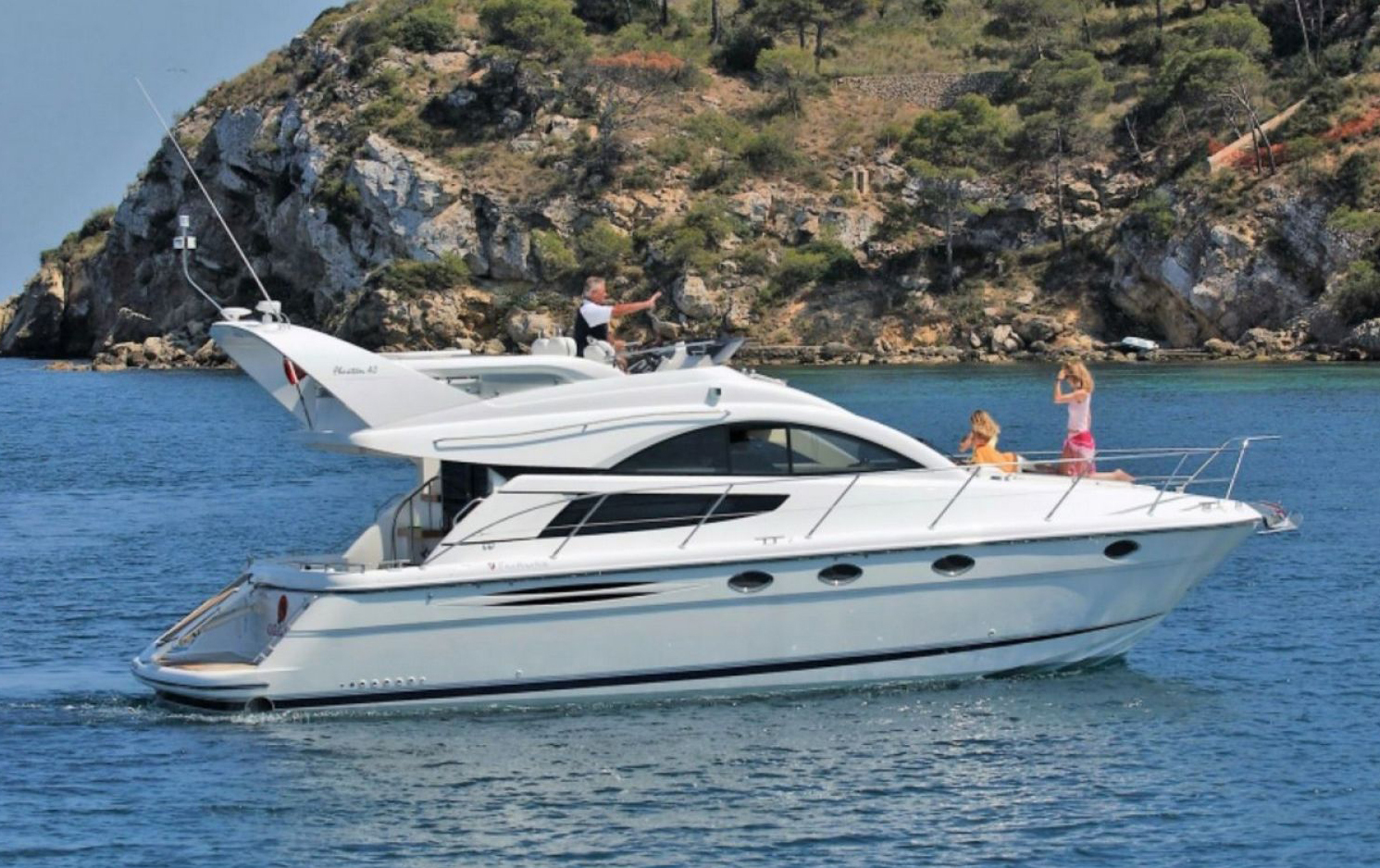 fairline-phantom-46