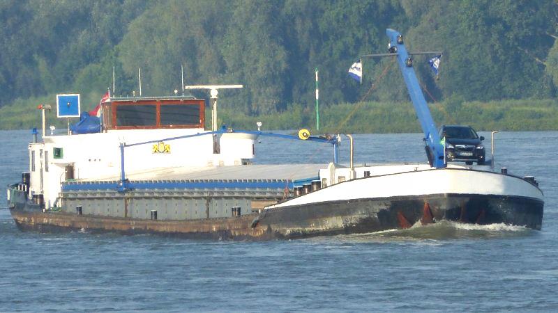 gueterschiff-86-m-m-kran